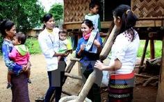 Nhập quốc tịch cho người di cư tự do tại biên giới Việt-Lào