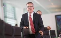 Bộ trưởng Nội vụ Đức bác cáo buộc nói dối quốc hội
