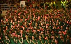 Rợp xanh màu áo lính trong live show Dấu ấn của Thanh Thúy