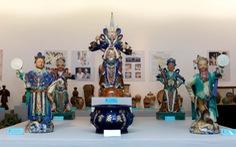 Xem gốm Nam bộ triển lãm ở Hà Nội