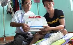 Trao tiền hỗ trợ ngư dân bị tàu Trung Quốc tấn công
