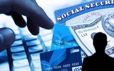 """Vụ """"bị móc túi thẻ tín dụng"""": Sẽ hoàn tiền cho chủ thẻ"""