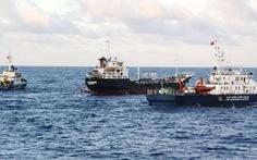 Cảnh sát biển chạm trán cướp biển:Ba chú cháu trong một trận đánh
