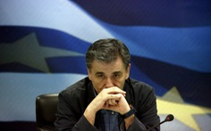 """ECB tiếp tục """"bơm tiền"""", IMF nói sẵn sàng ứng cứu Hi Lạp"""