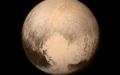 NASA công bố những bức ảnh đầu tiên của sao Diêm Vương
