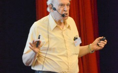 GS Jerome Friedman dự hội nghị khoa học tại Quy Nhơn