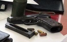 Kon Tum: Vợ chồng mở 'xưởng', bán súng đạn qua mạng