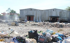 Đốt rác thải gây ảnh hưởng nhà dân