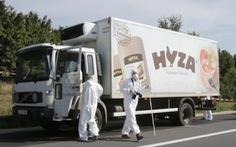 70 người di cư chết ngộp bốc mùi trong xe tải