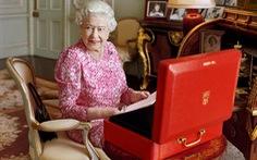 Nữ hoàng Elizabeth trị vì nước Anh lâu nhất