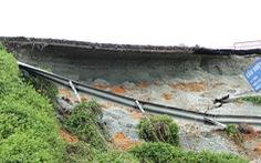 Đường dẫn cầu vượt Thủ Đức nứt toác