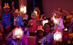 Lễ hội mặt trăng dành cho trẻ em đường phố, hiếu học