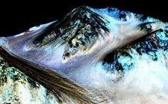 NASA công bố phát hiện nước trên sao Hỏa