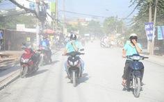 Khổ sở sống cùng con đường mù bụi tại TP.HCM