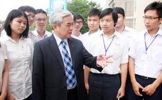 Bộ trưởng giải đáp bốn câu hỏi lớn của sinh viên