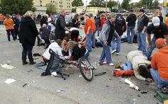 """""""Xe điên"""" tông đám đông tại lễ hội Mỹ, 4 người chết"""