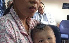 Ba mẹ kiên cường, sức khỏe bé bị đâm thấu sọ tốt