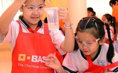 450 học sinh tham gia thí nghiệm vui của BASF
