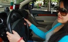 Cấp giấy phép lái xe quốc tế ra sao?