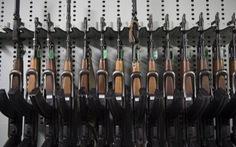 Khủng bố tấn công Paris lấy súng AK-47 từ đâu?