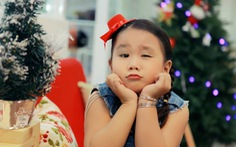 """Xem clip """"Ông già Noel vui tính"""" củabé Phan Hiếu Kiên"""