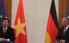 Lãnh đạo Việt – Đức lo ngại việc tôn tạobãi đá ở biển Đông