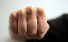 Đề nghị truy tố người đánh chết bị can 17 tuổi