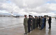 Chiến đấu cơ hộ tống phi công Nga hi sinh về nước