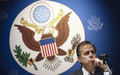Thái Lan điều tra tân đại sứ Mỹ tội phỉ báng luật hoàng gia