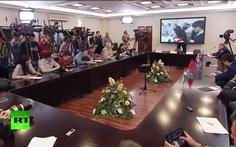 Nga mở hộp đen Su-24 trước mặt các nhà báo