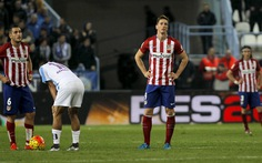 Thua Malaga, Atletico Madrid lỡ cơ hội lên đầu bảng