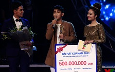 Xem clip Hoài Lâm đoạt Bài hát yêu thích của năm