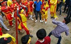Cấm mang gậy cướp giỏ hoa tre tại lễ hội Gióng