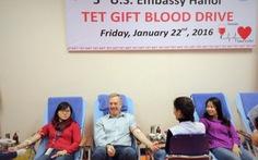 Hơn 200 người hiến máu tại Sứ quán Mỹ
