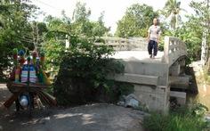 Đã làm đường lên cầu