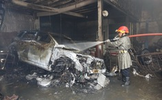 Tám ôtô bị cháy trong vụ cháy gara Thần Châu