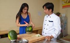 Tết hạnh phúc: ca sĩ Minh Thư thích ăn sáng đầu năm