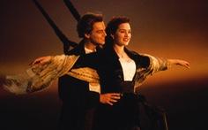 """Cặp đôi Jack và Rose của Titanic """"đời 2016"""" vẫn thắm nồng"""