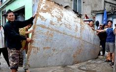 Thêm nhiều chi tiết nghi mảnh vỡ máy bay ở biển Khánh Hòa