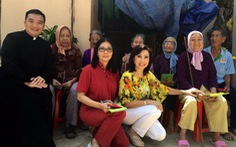 Họa Mi tái ngộ Phương Hồng Ngọc sau 30 năm xa xứ