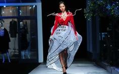 Phố đi bộ Nguyễn Huệ lên sàn diễn The Fashion Show