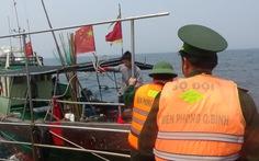 Xua đuổi 6 tàu cá Trung Quốc ra khỏi vùng biển Việt Nam