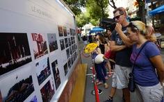 Kiều bào Pháp trao tặng hơn 300 bức ảnh tư liệu