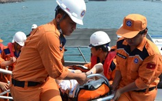 Cấp cứu du khách Ý xuất huyết nặng trên tàu du lịch