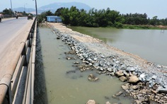 Sông Cái Nha Trang mặn gần ngang nước biển