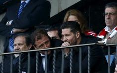 HLV Simeone thừa nhận đáng bị đuổi