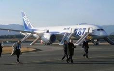 Mỹ yêu cầu sửa khẩn động cơ 176 máy bay Boeing 787
