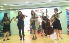 Ban nhạc Della Mae biểu diễn miễn phí ở Việt Nam