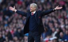 Điểm tin sáng: HLV Wenger xin lỗi CĐV Arsenal