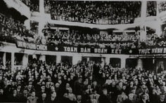 Những đại biểu đặc biệt và bản Hiến pháp đầu tiên